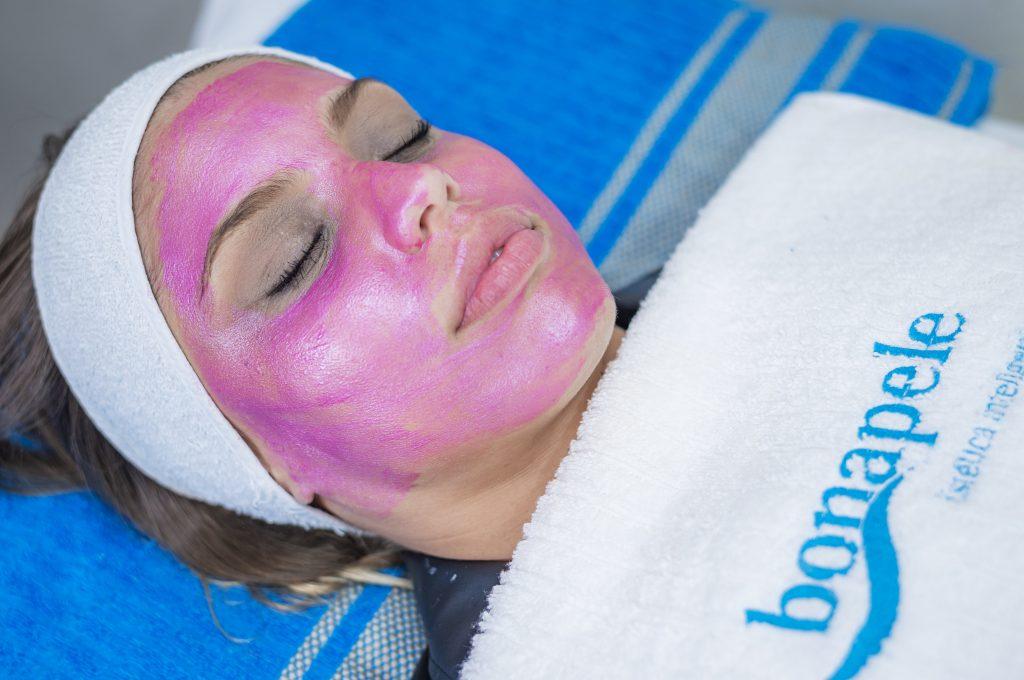 máscara para limpeza facial